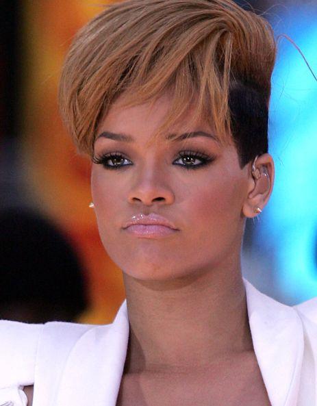 36036PCN_Rihanna