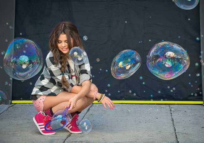 CelebrityDevotioncom-SelenaGomez-AdidasNEOPhotoshoot2012-0112