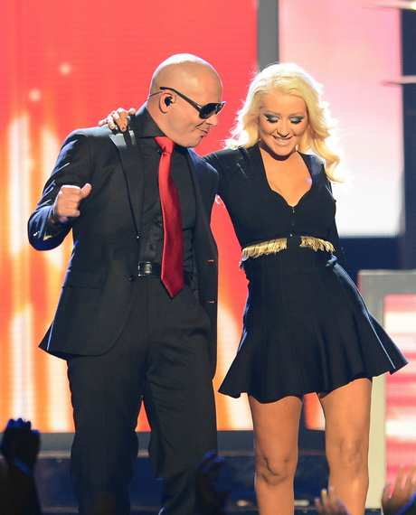 Christina_Aguilera_-_Performing_at_the_2013_Billboard_Music_Awards_19-05-2013_007