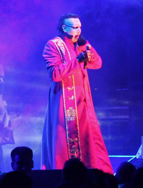 Exclusive... Marilyn Manson Performs In Vancouver
