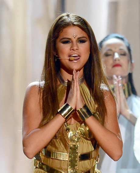 Selena+Gomez+2013+Billboard+Music+Awards+Show+CT9jxM2K-ddx