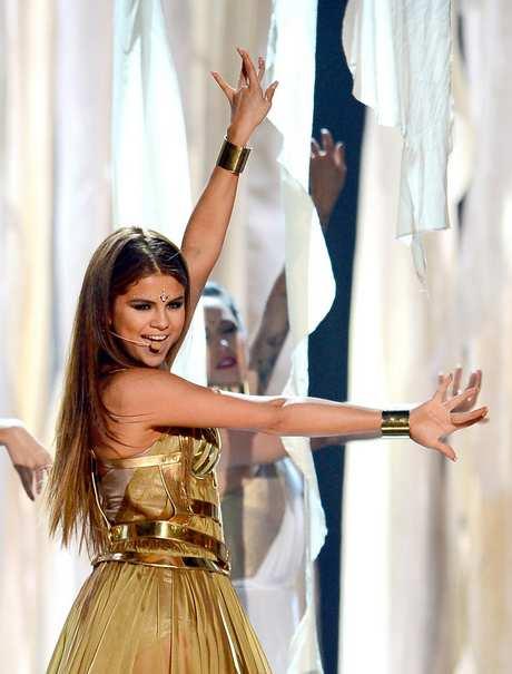 Selena+Gomez+2013+Billboard+Music+Awards+Show+qI2U6jNzUalx