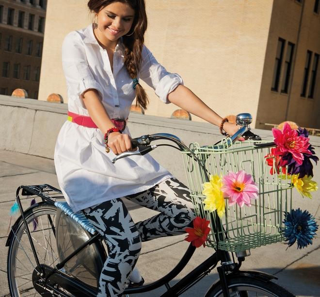 CelebrityDevotioncom-SelenaGomez-AdidasNEOPhotoshoot2012-006