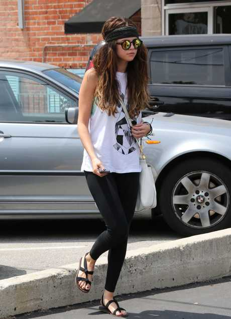 Semi-Exclusive... Selena Gomez Shopping In Studio City