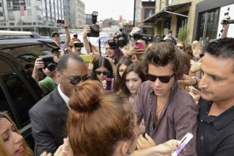 Harry-Styles-062813-10