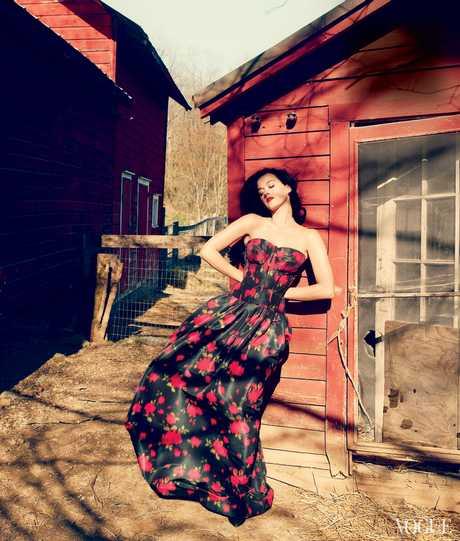 Katy_Perry_-_Annie_Leibovitz_Shoot_-__Vogue_USA_2013__006