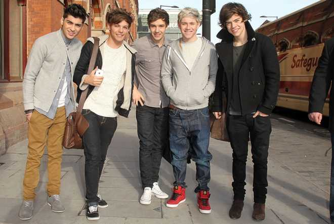 One-Direction-2013-HD-Wallpaper1