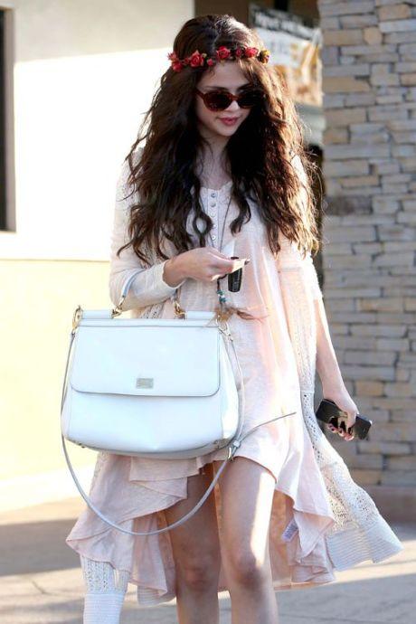 Selena-Gomez-061413-2