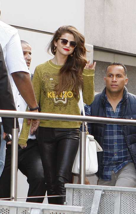 Paris, Selena Gomez
