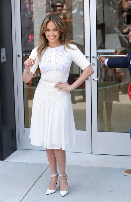 Jennifer Lopez Attends Grand Opening of Viva Movil Store in Brooklyn