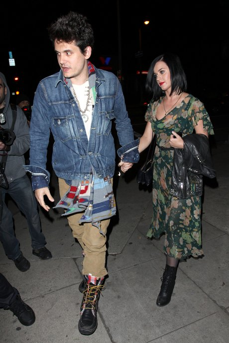 Katy Perry & John Mayer Dine Out At Osteria Mozza