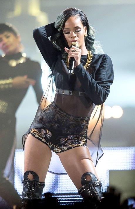Rihanna Perforforming At Telenor Arena