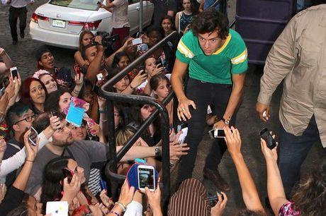 Harry-Styles-2017934
