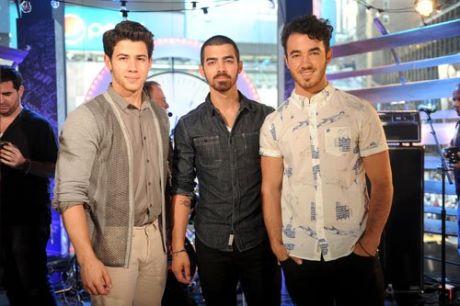 Jonas-Brothers
