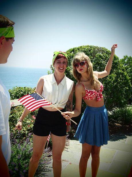 Taylor-Swift-070413-6