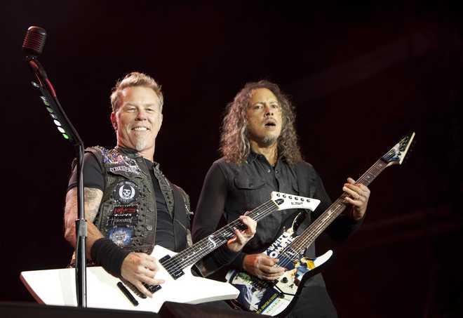 PARIS : Metallica perform in Paris
