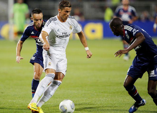 Foot: Lyon Real de Madrid.