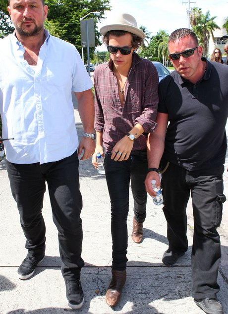 One Direction Heads To The Studio