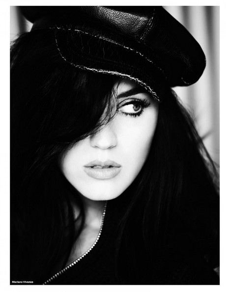 Katy_Perry_Elle_UK_September_2013_004