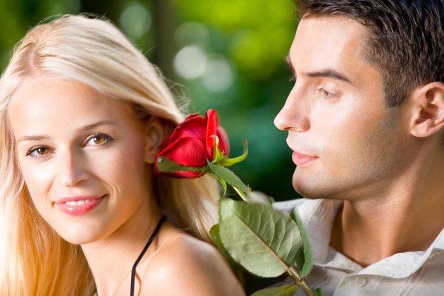 2338_ljubavni-par-ruza-dreamstime_3424511_iff