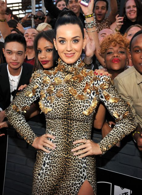 Katy_Perry-_2013_MTV_Video_Music_Awards_in_NY_august_25_2013_003