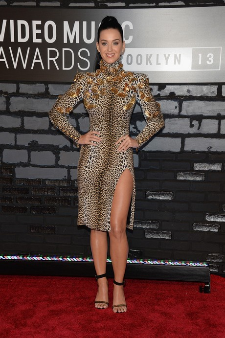Katy_Perry-_2013_MTV_Video_Music_Awards_in_NY_august_25_2013_013