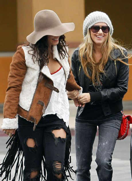 Pals Ashley Tisdale And Vanessa Hudgens Get Into The Christmas Spirit!