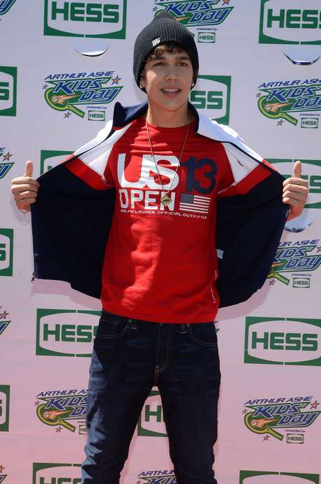 NY: 2013 Arthur Ashe Kid's Day At US Open