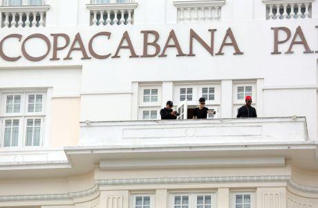 Justin Bieber Snaps Some Balcony Photos In Brazil